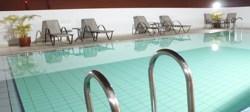 Swimming pool times hotel - Centrepoint hotel brunei swimming pool ...